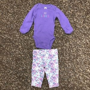 Baby girl outfit size Newborn